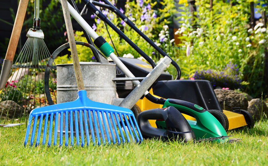 Move your garden tools interstate - BSPC Removalists