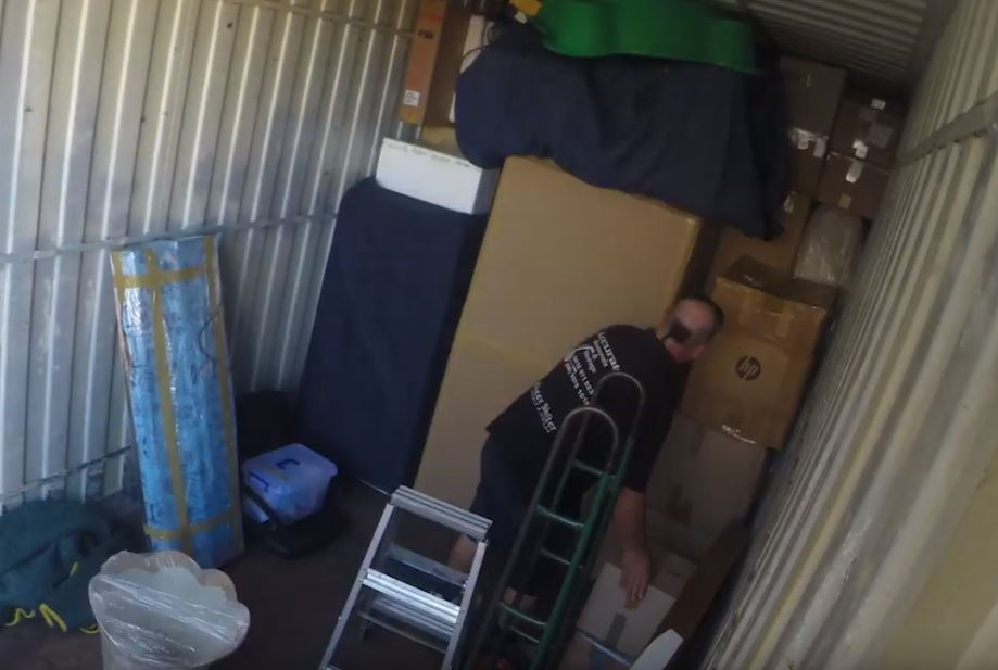 How to pack vertically in a shipping container | BSPC Removalists