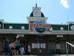 Dreamworld - Moving to Brisbane - BSPC Removalists